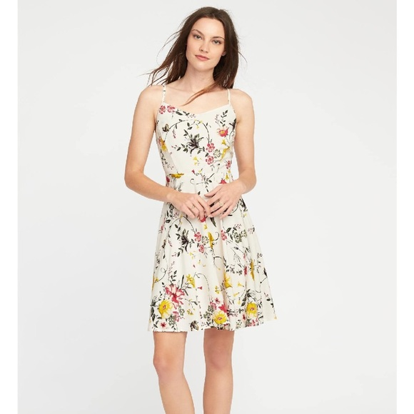 883509bbb7 Old Navy White Floral Dress